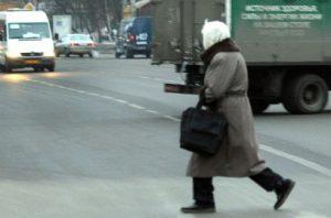 Когда еще водитель обязан пропустить пешеходов?