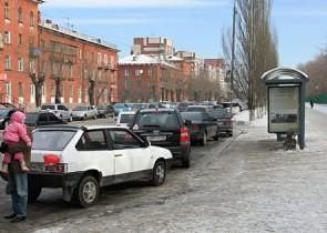 Парковка на остановке автобусов и маршруток